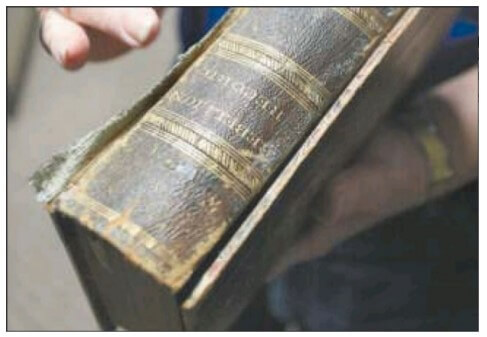 The Grand Army of the Republic Memorial Association of Scranton is working to repair and refurbish some of the most time-worn books from a Civil War collection.